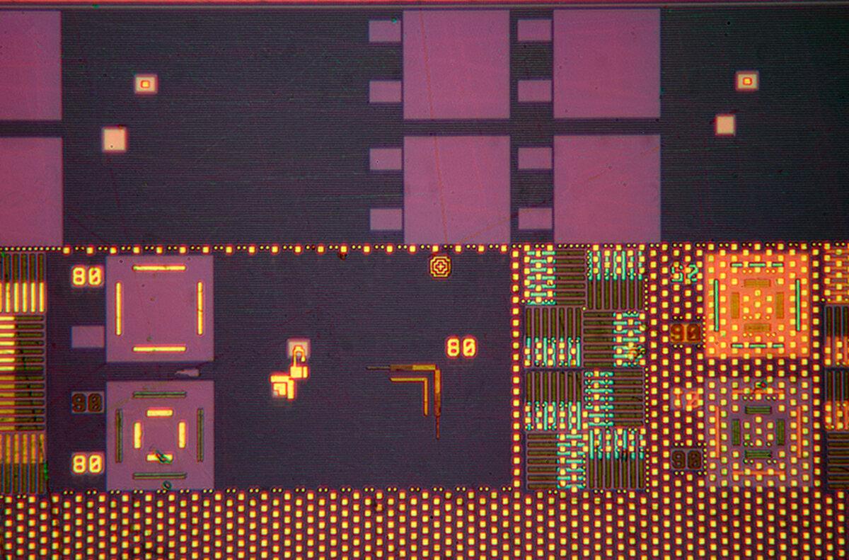 AMD Opteron-2005-a.jpg