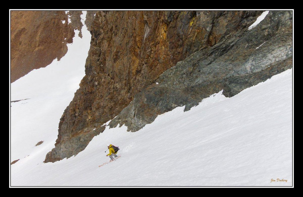 Dana-Couloir_ski-5.jpg