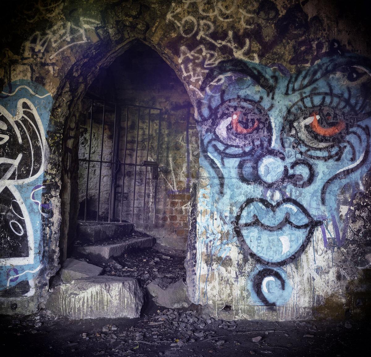 Enter the dungeon.jpg