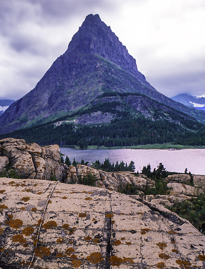 Grinnell Point from Many Glaciers Viewpoint, Glacier National Park, MT III.jpg
